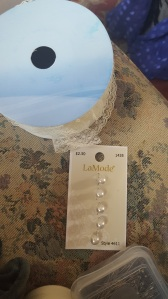 Blouse buttons and lace trim